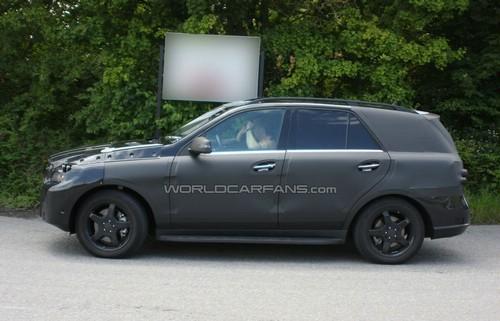 Шпионские фотографии Mercedes-Benz ML-Class